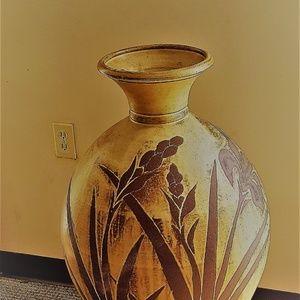 Terra Cotta Vase ( Local buyers only)